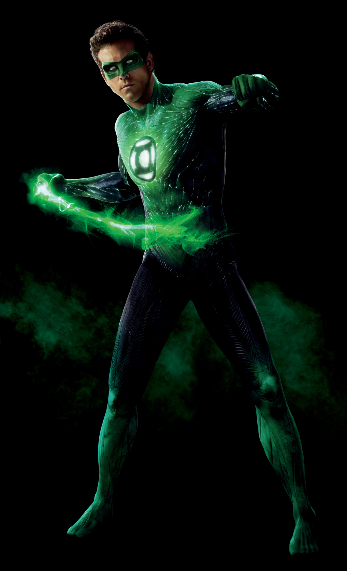 ryan reynolds green lantern costume. green-lantern-movie-costume-